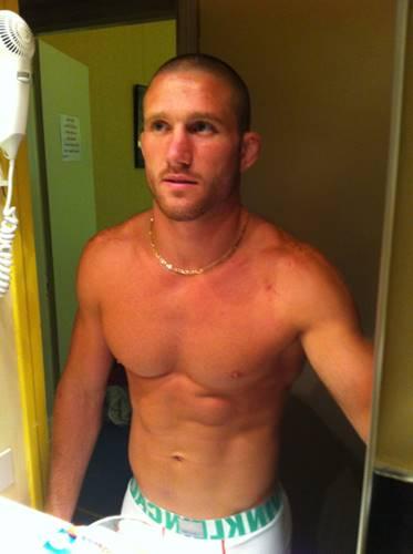 Vaza fotos de lutador pelado