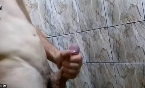 Sarado Em Punheta No Banho