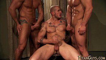 Vídeos gay sarados e suados